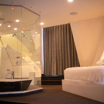 paramount suite-2
